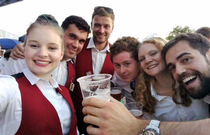 Die MG Walperswil am Feiern