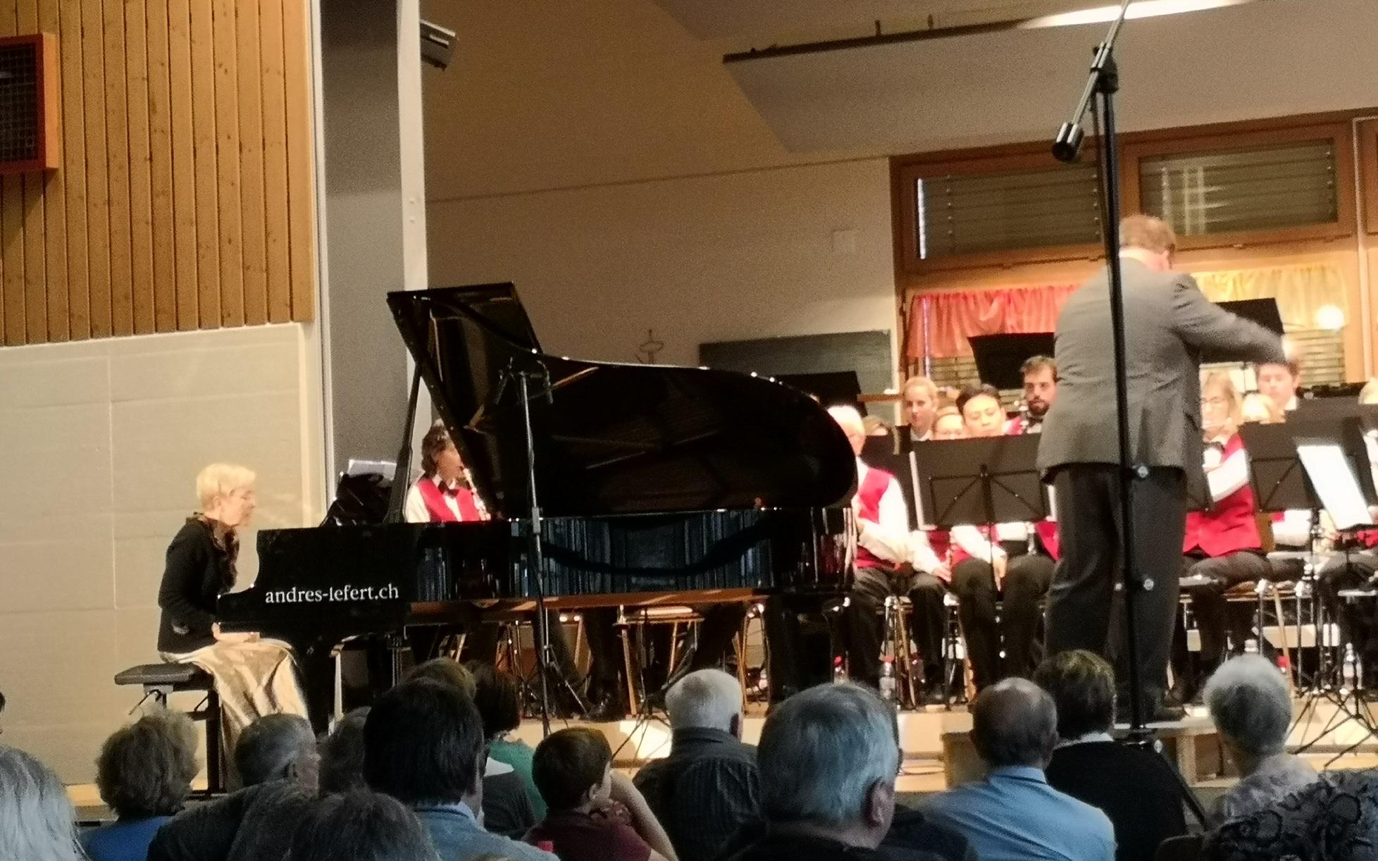Piano und MGW am spielen